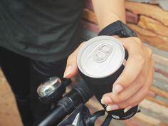Co s vaším tělem udělá jediná plechovka energetického nápoje Binoculars, Cufflinks, Accessories, Wedding Cufflinks, Jewelry Accessories