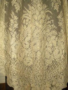 Chantilly Civil War era white lace shawl