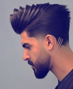20 ideas brunette hair sunkissed highlights for 2020 Beard Styles For Men, Hair And Beard Styles, Long Hair Styles, Hairstyles Haircuts, Haircuts For Men, Gents Hair Style, Shaved Hair Designs, Beard Haircut, Hair Tattoos