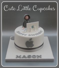 A Chocolate cake decorated with a computer theme for a tech whizzkid who adores his Apple computer x Computer Cake, Computer Theme, Cupcakes For Boys, Yummy Cupcakes, Hubby Birthday, Birthday Cake, Iphone Cake, 18th Cake, Dad Cake