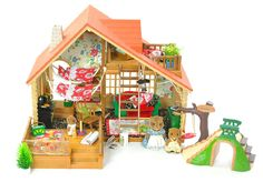 fistuff* Sylvanian Families Decorated Log Cabin/House Furniture Figures + Lots
