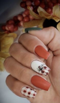 Fall Gel Nails, Cute Nails For Fall, Fall Acrylic Nails, Acrylic Nail Designs, Fall Nail Designs, Simple Fall Nails, Halloween Nail Designs, Halloween Decorations, Nails For Autumn