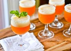 Peach Champage Cocktails