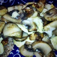 Mushroom Egg Scramble with Bacon via @LoraHogan