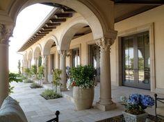 Love these Corinthian columns! Hacienda Style Homes, Spanish Style Homes, Spanish House, Dream House Plans, My Dream Home, Rustic Italian Decor, Italian Style Home, Mediterranean Homes, Modern Architecture House