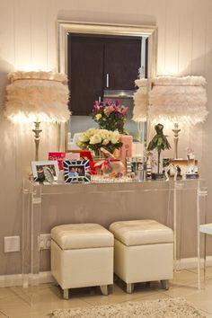 Recreate Bonang Matheba's whimsical home Creative Home, Creative Decor, Luxury Furniture, Home Furniture, Woman Cave, Interior Decorating, Interior Design, Beautiful Space, New Homes