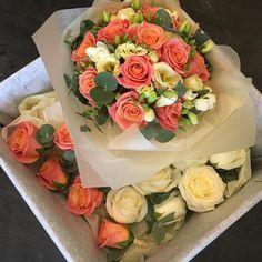 Aaaaaaand relax! Last wedding of the day has gone out phew!! #gardeniawimbledon #flowers #gardeniaoflondon #bride #roses #love