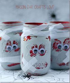 Zombie Mason Jars: Halloween Craft Ideas with Mason Jars