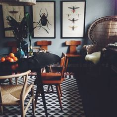 Insect prints, chairs // Stumped about how to display your art at home? Here are 20 great examples of art at home from D*S readers Dining Room Inspiration, Interior Inspiration, Interior Architecture, Interior And Exterior, Interior Styling, Interior Design, Examples Of Art, Deco Design, Scandinavian Interior