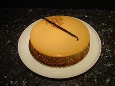 ENTREMETS POIRE-CARAMEL / PEAR AND CARAMEL MOUSSE CAKE
