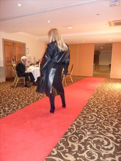Check this kinky blonde in her Rubber Rainwear! Lucy Lucy, Black Raincoat, Hot Blondes, Rain Wear, Kinky, Lovers, Check, Rains Clothing, Hot Blonde Girls