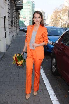 KimKim Exclusive! Paulina Sykut-Jeżyna w pomarańczowym garniturze. Tylko nam zdradziła, dlaczego go wybrała! - KimKim.pl