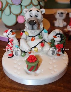 Polar bear cake topper by Zoe's Fancy Cakes