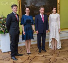 The crown princely couple of Denmark pose with Finnish President Sauli Niinisto and wife Jenni Haukio at Motkes Palace 4/5/13
