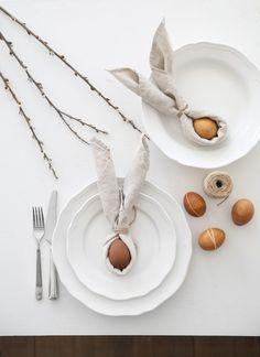 Hem - Trendenser Minimal Decor, Easter Table, Scandinavian Christmas, Decorating Blogs, Seasonal Decor, My Images, Tablescapes, Plates, Seasons