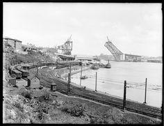 Sydney Harbour Bridge, Old Photos, Paris Skyline, Australia, History, Travel, Old Pictures, Historia, Viajes