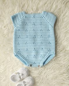 Free Crochet Patterns for Baby Items for New Year 2019 Part baby crochet patterns free; baby crochet hats # crochet baby clothes Free Crochet Patterns for Baby Items for New Year 2019 Part 36 Beau Crochet, Pull Crochet, Free Crochet, Knit Crochet, Crochet Sweaters, Newborn Crochet, Crochet Romper, Baby Newborn, Crochet Beanie