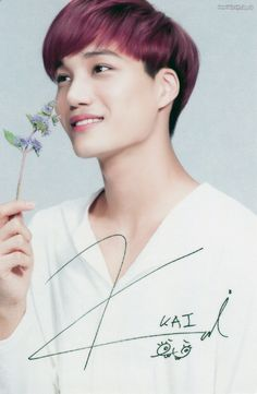 Kai oppa at Nature RePublic <3 He is such a great dancer but he is sooo cutee <3