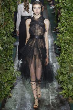Valentino     Vogue