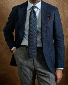 Preppy Mens Fashion, Stylish Mens Outfits, Mens Fashion Suits, Modern Gentleman, Gentleman Style, Hipster Suit, Country Man, Tweed Men, Suit Accessories