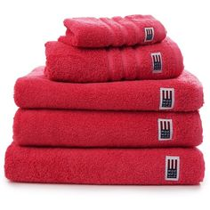 Lexington Original Bath Sheet - Red (€31) ❤ liked on Polyvore featuring home, bed & bath, bath, bath towels, red bath towels and nautical bath towels