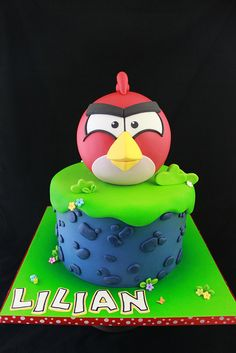 Angry Birds cake by Andrea's SweetCakes, via Flickr