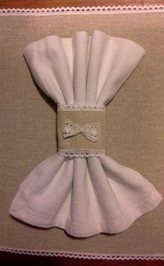 rond de serviette lin et dentelle