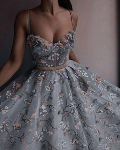 Stunning Prom Dresses, Pretty Prom Dresses, Ball Dresses, Elegant Dresses, Cute Dresses, Beautiful Dresses, Ball Gowns, Formal Dresses, Fantasy Gowns