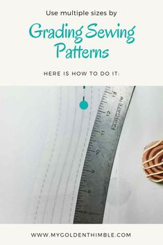 If you love sewing, then chances are you have a few fabric scraps left over. You aren't going to always have the perfect amount of fabric for a project, after all. If you've often wondered what to do with all those loose fabric scraps, we've … Easy Sewing Projects, Sewing Projects For Beginners, Sewing Hacks, Sewing Tutorials, Sewing Tips, Sewing Ideas, Sewing Designs, Tutorial Sewing, Techniques Couture