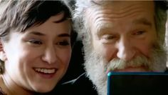 Robin Williams and Zelda Williams playing 3DS in the Nintendo Spot. #Robin #Williams #Zelda #spot