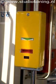 Things of the past ( 70's, 80's, 90's ) - Dingen van vroeger ( 70's, 80's, 90's ) ( stempelautomaat openbaar vervoer )