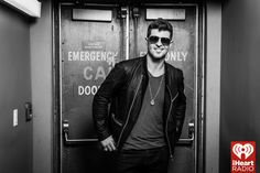 Robin Thicke photos from the iheartradio theater