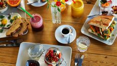 Complimentary Cooked-to-Order Breakfast great breakfast Embassy Suites ,Waikiki Hawaii Embassy Suites, Top Restaurants, Tortellini, Dinner Rolls, Healthy Treats, Fresh Rolls, Hawaii, Appetizers, Dining
