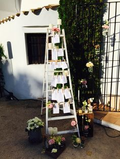 Escalera decorada vintange/Decoracion floral Petty PerezManglano.com
