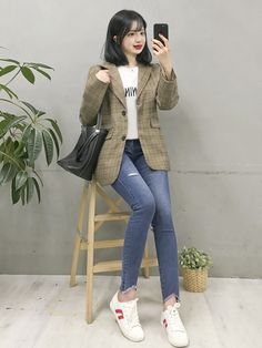 Fashion Tips Ideas .Fashion Tips Ideas Korean Girl Fashion, Korean Fashion Trends, Korean Street Fashion, Korea Fashion, Asian Fashion, Look Fashion, Simple Outfits, Classy Outfits, Chic Outfits