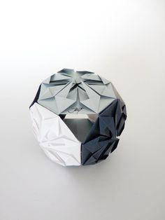 kusudama diamond (Makoto Yamaguchi)