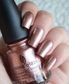 #ChinaGlaze #MeetMeInTheMirage Nails