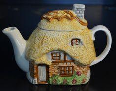 Vintage TEAPOT Figural House Cottage Brick Straw Ceramic NOVELTY Hayward Warwick | Collectibles, Decorative Collectibles, Tea Pots, Sets | eBay!