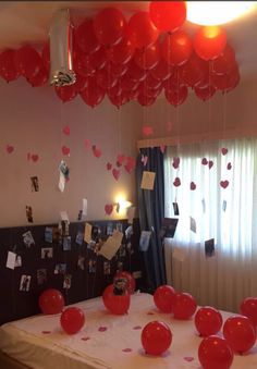 one year anniversary surprise for my boyfriend 20 balloons over his