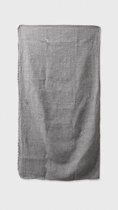 Samuji Linen Bath Towel in Black & White | The Dreslyn