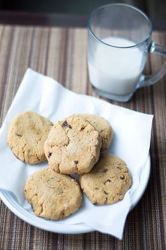 Coconut Flour Chocolate Chip Cookies - An easy to make chewy coconut flour chocolate chip cookies recipe that is gluten free, grain free, low carb and with no added sugars!