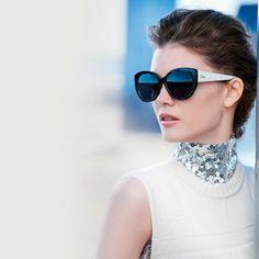 Comprarse unas gafas de sol es toda una inversión. Si las cuidas, tienes gafas para toda la vida. ¿Quién no ha heredado alguna gafa de sol? Para mi es un accesorio clave. Y si, tanto para días que hace sol como para días que no. Son una adicción. Tada la [...]