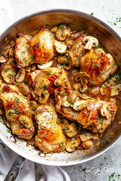 Garlic Mushroom Chicken Thighs | cafedelites.com