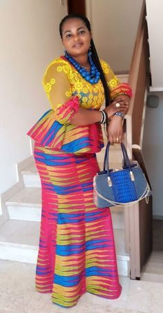Ankara Skirt And Blouse Style For stunning Ankara skirt And blouse styles for wedding Latest African Fashion Dresses, African Dresses For Women, African Print Fashion, African Attire, African Wear, Ankara Fashion, Ankara Skirt And Blouse, Ankara Dress Styles, Kente Styles