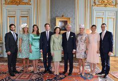 Family photo upon the engagement of Princess Madeleine of Sweden and Christopher O'Neill