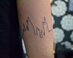 #tattoo #tatuagem #tat2 #hogwarts #hogwartstattoo #harrypotter #harrypottertattoo  #fineline #walkins #gustavogus