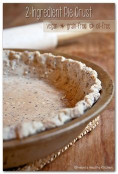 Pie Crust recipe from Helyn's Healthy Kitchen! So easy and Vegan, Grain-free, & Oil-free! Flax Seed Recipes, Almond Recipes, Vegan Recipes, Cooking Recipes, Oil Pie Crust, Vegan Pie Crust, Almond Flour Pie Crust, Pie Crusts, Vegan Sweets