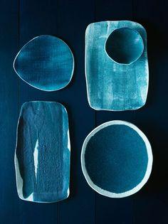 Adoro o azul e as formas orgânicas.
