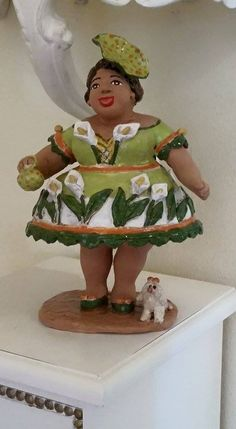 """""""Lady Mary"""" created by artist Anna Tazzari, Handmade pottery. Selling price 200,00 euro. Please contact me by email abarozzi59@gmail.com . Payment using PAYPAL account. Item number 9"""