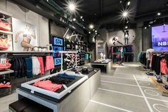 New Balance apre il primo flagship store a Milano -  - Read full story here: http://www.fashiontimes.it/galleria/new-balance-apre-il-primo-flagship-store-a-milano/